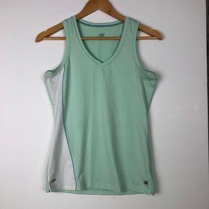 ALO YOGA coolfit sleeveless v-neck